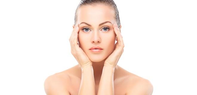 tot-ce-trebuie-sa-stii-despre-conturul-ochilor-ingrijire-antiageing-protectie-solara